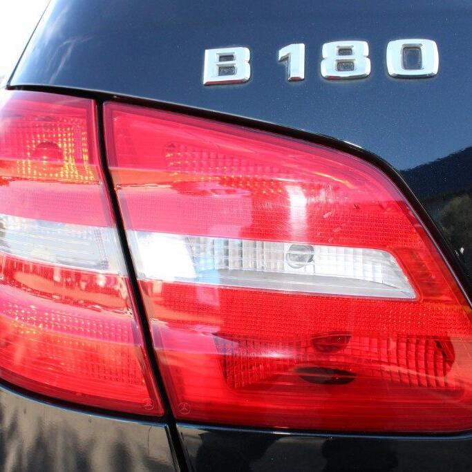 MERCEDES-BENZ B 180 6