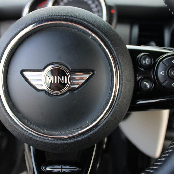 MINI Mini 19