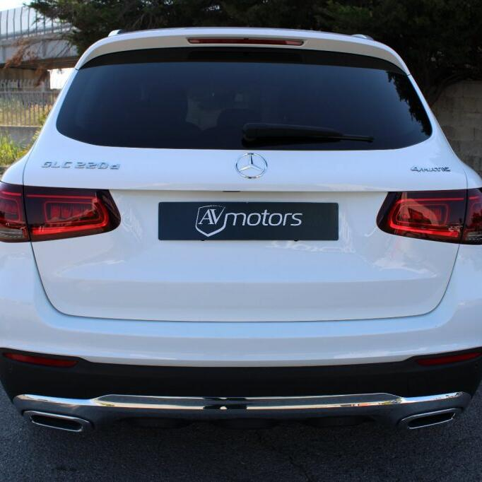 MERCEDES-BENZ GLC 220 4