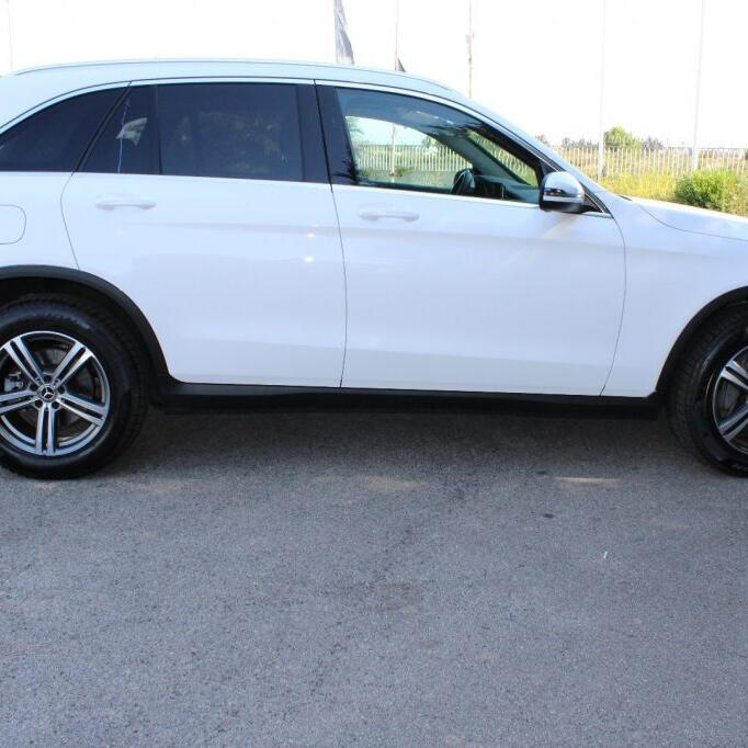 MERCEDES-BENZ GLC 220 7
