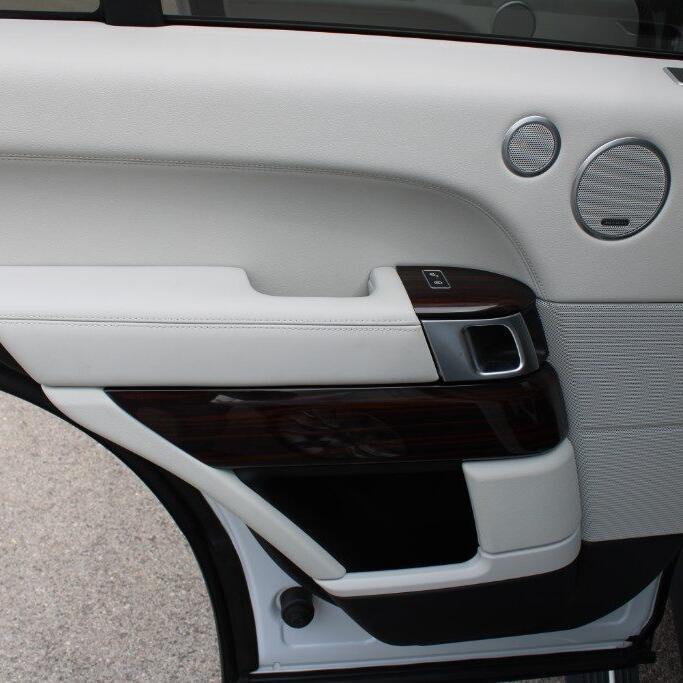 LAND ROVER Range Rover 24